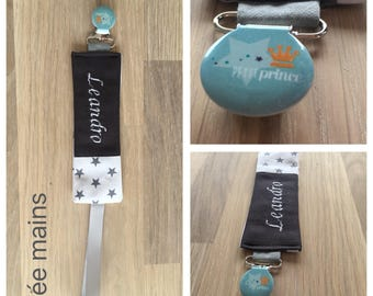 Pacifier clip personalized with the name of child gray and white with stars