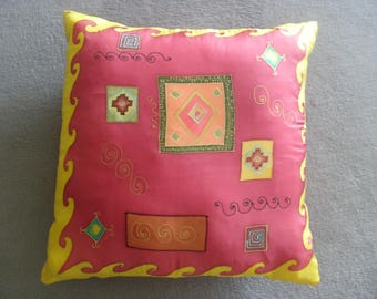 """Morocco"" geometry amarante@evysoie silk cushion"