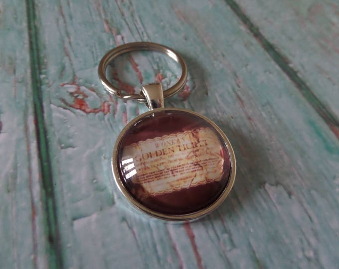 WILLY WONKA themed Golden Ticket 25mm Glass Dome keyring Charlie and Chocolate Factory fan gift jewellery sandykissesuk