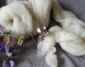 Best ever Super soft lofty core wool bating for needle felting 2 oz cream off white