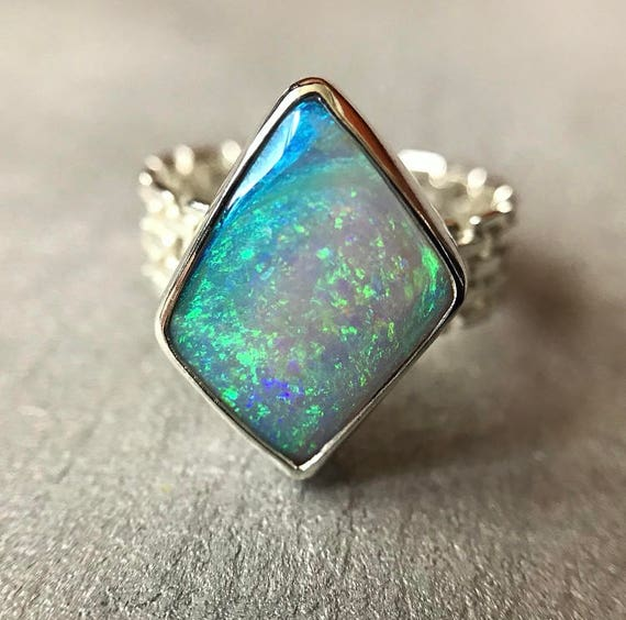 Sterling silver ring with Australian crystal pipe opal SZ 6.75
