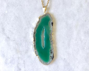 Green Geode Slice Necklace - Dyed Agate Pendant Raw Quartz Druzy Stone Boho Jewelry