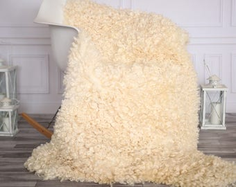 EXTREMALLY RARE SHEEPSKIN | Dartmoor Sheepskin Rug | Curly fur Rug | Curly Sheepskin Rug | Curly Sheepskin | Christmas Decor | GOTNOVHER29