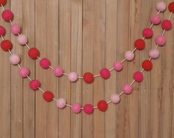 Valentine's Day Garland, Valentines Day Garland, Red and Pink Garland, Valentine's Day Felt Ball Garland, Valentine's Day Decor, Red Decor