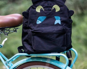 Embroidered backpack TOOTHLESS
