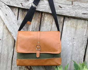 Messenger bag***Crossbody bag