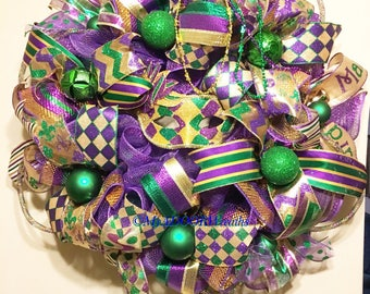 Whimsical Harlequin Mardi Gras Wreath, Fat Tuesday Decor, Mardi Gras Deco Mesh Wreath, Jester Mask Mardi Gras Wreath, Mardi Gras Harlequin
