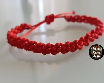 Red lucky bracelet in macrame bracelets yarn jewellery/macrame bracelet Good Luck