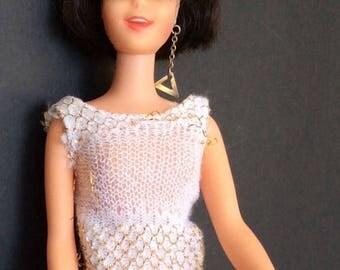 Casey 1966 Brunette Short Hair Barbie's MOD Friend Twist' N Turn Original Suit Earring