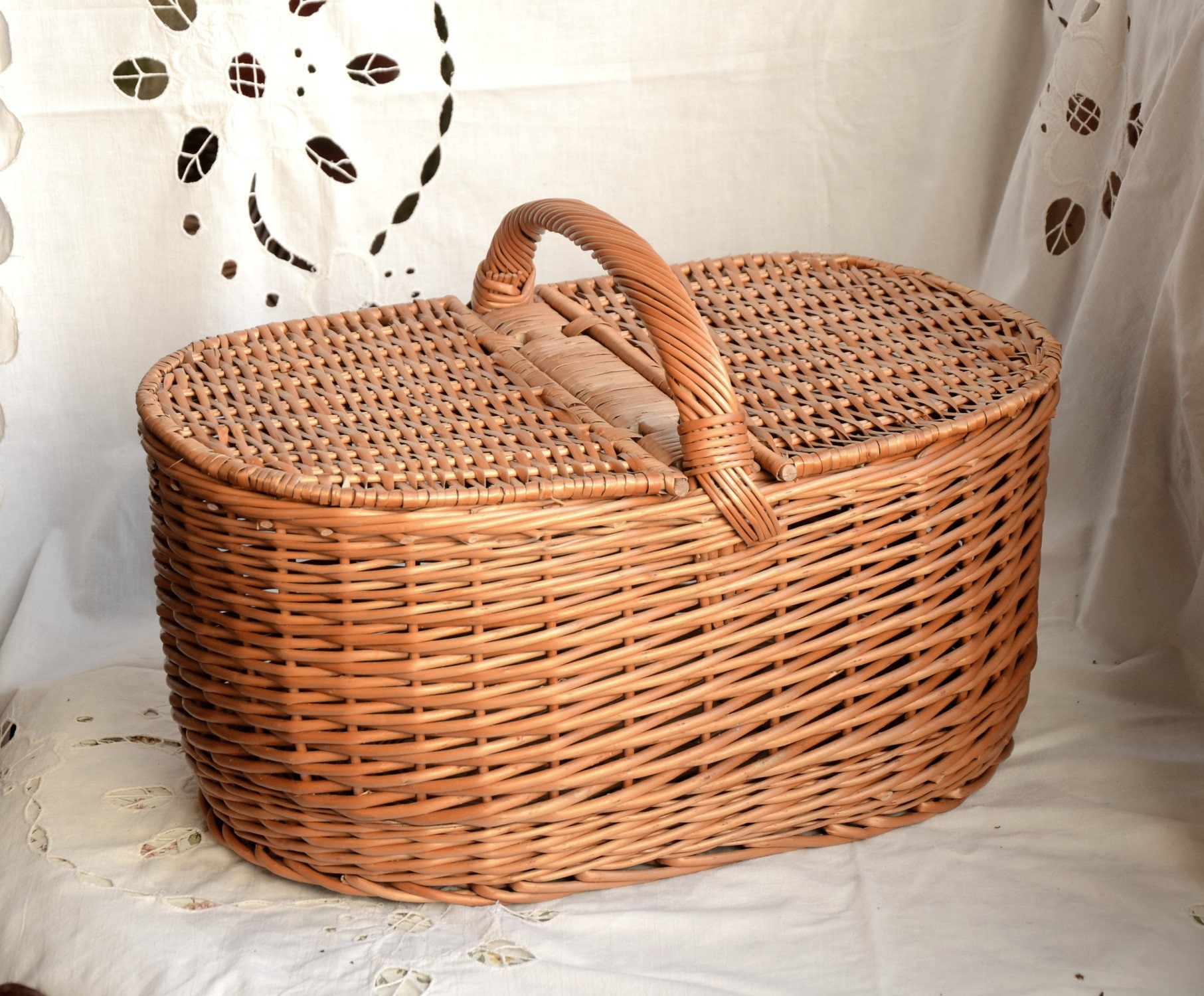 Myer Wicker Picnic Basket : Large picnic basket wicker willow