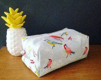 Toilet bag birds
