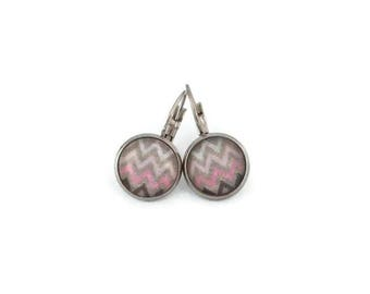 Stud Earrings, glass - stainless steel - 12mm - zig zag earring Stud