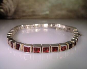 Garnet Bracelet, Silver Bracelet, Princess Cut Garnet Bracelet, Garnet Tennis Bracelet, Link Bracelet, Rhodolite Garnet, Vintage Bracelet