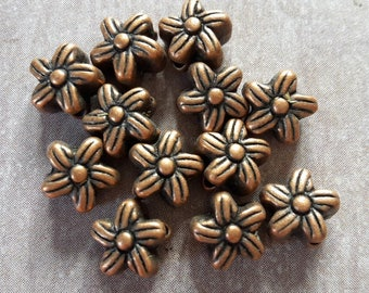 20 pcs, small flowers, pearls beads copper Metal Spacer flowers - 7 mm