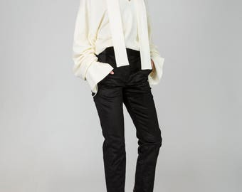 Paloma White Warm Crop Sweater with Wide Sleeves and a Scarf by Other Theory, 18AW018