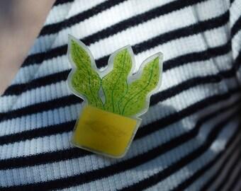 Brooch - small plant