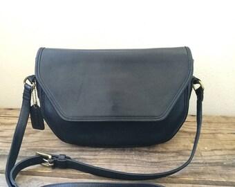 Vintage Coach Crossbody shoulder bag black