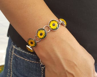 Sunflower Bracelet in Silver Setting with Round Glass Cabochons Photo Jewelry Photo Bracelet Sunflower Jewelry Nature Jewelry Nature photos