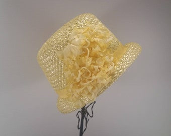 Yellow Straw and Floral Ladies Hat, Ladies Vintage Yellow Straw Hat With Flower Cluster, Light Yellow Floral Vintage Ladies Hat