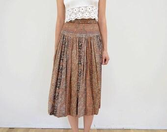 Vintage Pleated Drapey XS Knee Length Skirt // 25 inch waist paisley stripes Romantic
