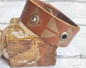 Leather Scarf Cuff, Scarf Cuff, Leather Cuff, Scarf Accessories, Scarf Brooch, Scarf Clip, Infinity Scarf, Bracelet Scarf, Scarf Jewelry