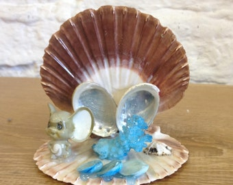Vintage Strange Scallop Shell Ornament with Mouse, Coral and Shell details. Weird and Very Quirky Item.