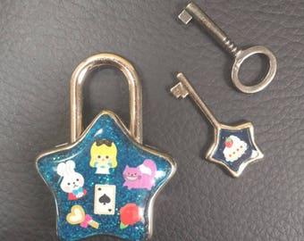 Alice Star Padlock with Key