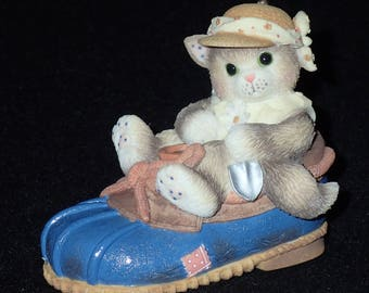 Enesco Calico Kittens 1997 You're Good For My Sole Figurine #314544