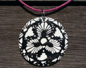 Necklace polymer, screen printed, painted, collar necklace black necklace, white, Flower necklace, mandala necklace, summer necklace