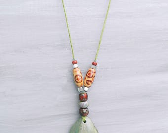 Natural green stone necklace, Stone jewelry, Stone and wood necklace, Bohemian necklace, Boho, Green necklace