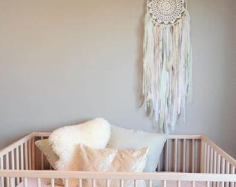 Wall Hanging - Mint Champagne