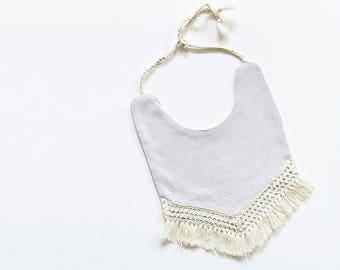 The Ailyn bib | Boho baby bib | Fringe bib | Baby bib | Girl bib | Drool bib | Dribble bib | Cutest bib | Gray | Linen