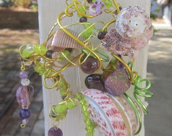 Dizzy - Shell - Green - Purple Sun Catcher #602
