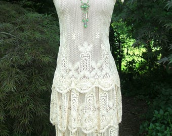1920s Flapper Inspired Lace Dress Circa 1970s Sweet & Lovely Romantic Wedding Dress Garden Party