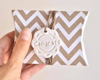 Congrats gift tags, pack of 5, birthday gift tag,  anniversary gift tag, birth gift tag, all occasion tags, congratulations clay gift tags