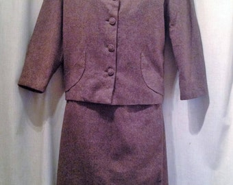 1940s Ladies 2 piece Suit / 40s fitted Ladies Wool Flecked Suit