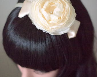 Bridal headband | Hair flower | Ivory bridal headband | Bridal fascinator | Fabric flower headband | Fabric flowers
