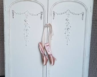 Vintage, Chic, Shabby, 1930's, Armoire, Cabinet, Handpainted, White, Wardrobe,