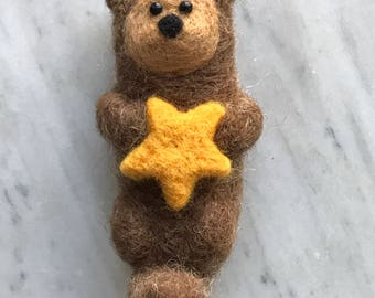 Handmade Needle Felted Otter with Starfish Figurine