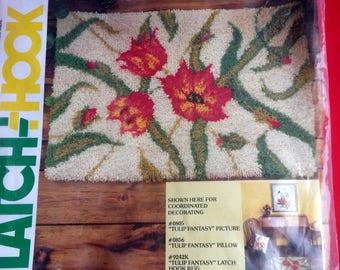 Latch Hook Canvas Tulip Pattern, Rug Making Canvas, Tulip Rug Canvas - BB5