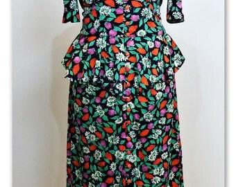 Pinup style 1940's peplum dress