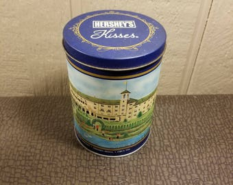 Hershey Kisses Candy Advertising Blue Canister Tin Hotel Hershey Ilustration 1992 Vintage Collectible