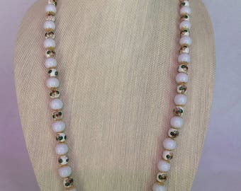 Cloinne White Necklace Earring Set