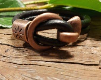 Leather bracelet; Black leather bracelet; Hook bracelet; Unisex bracelet; Small bracelet; Round leather bracelet;  Women's bracelet;