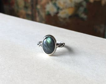 Cable Band Labradorite Ring, Sterling Silver, Ready to Ship size 6