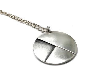 C A K E  {silver, necklace incl.}