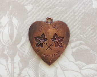 Vintage Brass Stampings/Old French Heart Charm(1 pc)Vintage French Heart Pendant/French Heart Charms/vintage Heart Charms/French Stamping#25