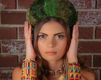 Green Vintage Feather Hat//