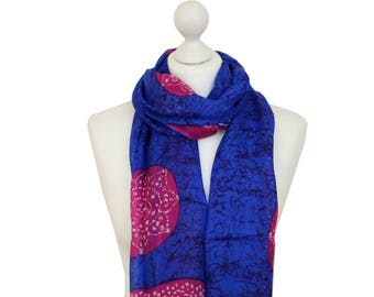 Silk Scarf / Batik Blue Scarf / Spring Summer Scarf / Scarves for Women / Gifts for Her / Gifts for Mom / Handmade Silk Scarf / Accessories
