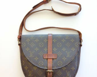 Great Deal!!!Authentic Vintage 80's Louis Vuitton Monogram Canvas Chantilly GM Crossbody Shoulder Bag